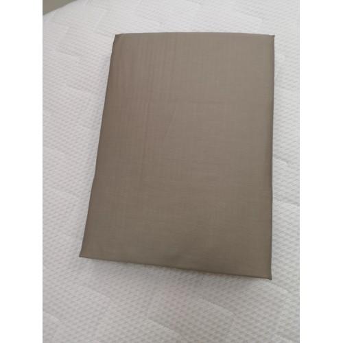 Satininė paklodė su guma 160x200 cm