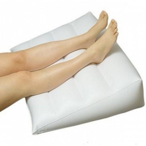 Pripučiama pagalvėlė nuo venų išsiplėtimo
